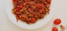 El ajo asado es una opción muy sabrosa para dar sabor a muchos tipos de platos, como esta ensalada de lentejas con tomate y ajo asados