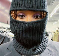Issa, Knitted Hats, Winter Hats, Knitting, Fashion, Moda, Tricot, Fashion Styles, Breien