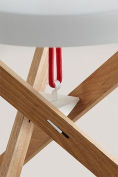 The Marionet Table by Simon Busse | Gessato Blog