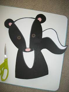 Primarily Speaking: DIY Classroom Decor, Part 2 Preschool Art Projects, Fall Art Projects, Preschool Letters, Animal Projects, Preschool Crafts, Projects For Kids, Diy Classroom Decorations, Classroom Themes, Skunk Craft