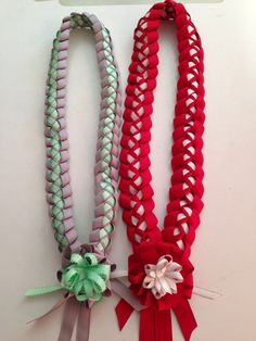 Ribbon leis                                                                                                                                                                                 More