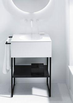 Coco | Mineralguss-Waschtisch inkl. Waschtischunterschrank und Metall Fußgestell von burgbad | Unterschränke