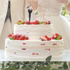 スポンジが薄く見えるホワイトネイキッドケーキまとめ | marry[マリー] Cake, Desserts, Food, Pie Cake, Meal, Cakes, Deserts, Essen, Hoods
