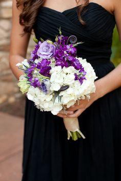 Purple-and-White-Bridesmaids-Bouquet