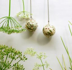 Ball pendants in nature