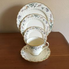 Two Roscher Fine Porcelain Bone China DAISY Soup or Cereal Bowls 6 ...