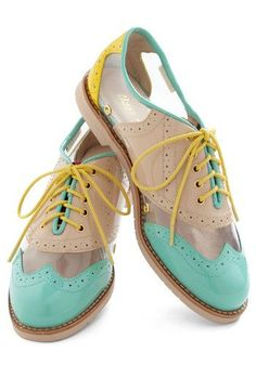Oxford Shoe | Gorgeous mint and yellow oxfords | Brogue Love