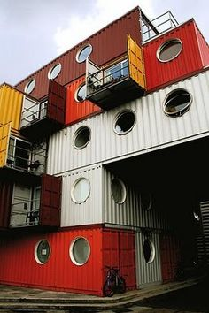 shipping containers turned into apartments