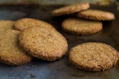 Homemade Digestive Cookies – Σπιτικά Μπισκότα Digestive - The Healthy Cook Digestive Cookies, Sweet Treats, Bread, Homemade, Cooking, Healthy, Cake, Desserts, Recipes