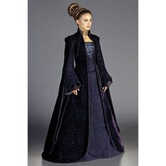 Confessions of a Seamstress The Costumes of Star Wars Padme Amidala ❤ liked on Polyvore featuring costumes, blue costume, star wars halloween costumes, blue halloween costume e star wars costumes