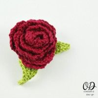 Free Crochet Pattern – Rose Brooch with Leaves