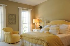 yellow bedroom - I love yellow, so sunshine-y