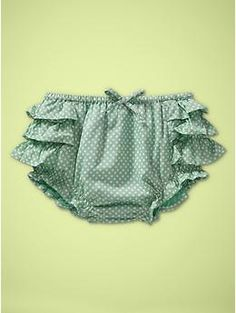 Dotted Ruffle Shorts. Must have for baby girl this summer :)