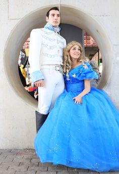 Ella and Kit #cosplayer @CinderellaMovie #Cinderella #everygirlwantstobeaprincess #truelove #cenerentola