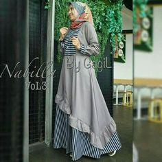 Jb NABILA #3 PR001 Harga 93.000 Bahan balotelly Ukuran all size fit to L Informasi dan pemesanan hubungi kami SMS/WA +628129936504 atau www.ummigallery.com Happy shopping #jilbab #jilbabbaru #jilbabpesta #jilbabmodern #jilbabsyari #jilbabmurah #jilbabonline #hijab #Kerudung #jilbabinstan #Khimar #jilbabterbaru #jilbab2018 #jilbabkeren #jilbabmodis #bajumuslim #gamis #syari #maxidress #maxi #atasanwanita #atasanmuslim Hijab Dress Party, Hijab Style Dress, Casual Hijab Outfit, Abaya Fashion, Fashion Dresses, Simple Long Dress, Muslim Long Dress, Moslem Fashion, Islamic Fashion