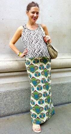 maternity street style, love this mix of prints