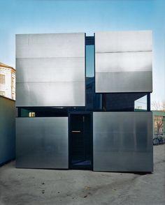 7 Cozy Modern Box Homes
