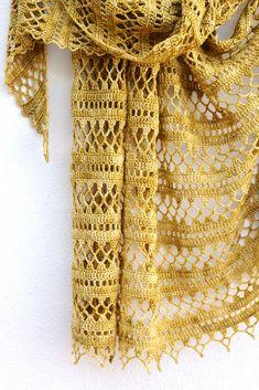 Ravelry: Suncatcher pattern by Elena Fedotova Crochet Scarves, Crochet Shawl, Crochet Clothes, Crochet Lace, Crochet Stitches, Crochet Wrap Pattern, Knit Patterns, Malabrigo Sock, Knitting Socks