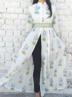 Details about Indian Bollywood Designer indo western gown Kurta Kurti women ethnic dress - All About Dress Indian Style, Indian Fashion Dresses, Indian Designer Outfits, Girls Fashion Clothes, Simple Kurti Designs, Kurta Designs Women, Stylish Dresses For Girls, Stylish Dress Designs, Latest Dress For Girls