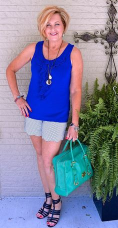 50 IS NOT OLD | SCALLOPED SHORTS | Gladiator shoes | Ruffles | Fashion over 40 for the everyday woman