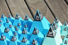 365 days // Stop Motion by Lemongraphic , via Behance