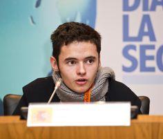 """Ramiro, 14 años: """"No se deben prohibir los dispositivos móviles en los centros escolares, se debe controlar su uso"""" #SID2014"""
