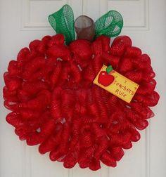 mesh ribbon wreaths - Bing Images So doing this 4 my classroom Teacher Wreaths, School Wreaths, Wreath Crafts, Diy Wreath, Wreath Ideas, Apple Decorations, School Decorations, Craft Gifts, Diy Gifts