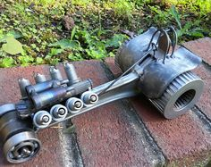Weld Art from Scrap metal and Motorcycle parts, Tractor Pull Diesel