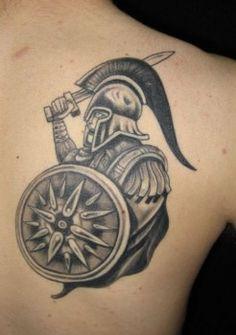 Tatuaje-gladiador-en-la-espalda-246x350.jpg