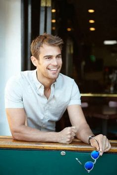 The Divergent Life: NEW Bello Magazine Photoshoot Outtakes with Theo James (Detagged)