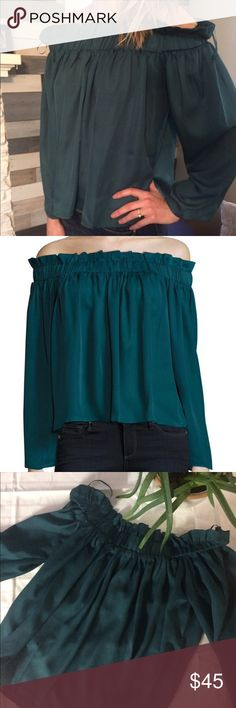 Lucca couture off the shoulder blouse size M green Deep emerald color with ruffled top that is off the shoulder. Such a cute blouse! Lightweight, comfortable. Can fit a small as well. Lucca Couture Tops Blouses