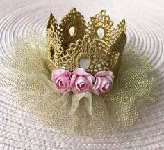 Pink and Gold Baby Crown Headb 1st Birthday Girls, Princess Birthday, Lace Crowns, Baby Shower Princess, Pink Paper, Baby Headbands, Little Princess, Fascinator, Pink And Gold