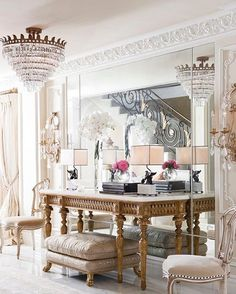 Fancy Friday nights. • • • • • #art #interior #interiordesign #architecture #instadecor  #interiorinspo #interiorinspiration #interiors #style #inspo #inspiration #decor #theworldofinteriors #chandelier  #luxury #mansion #home #homedecor  #interiordesigner  #design #homedesign  #adstyle #elledecor #instagood  #interiorinspiration  #interiors #homedesign  #instadecor  #decoration #decorlovers #instaluxe #vogueliving #instagood #interiordecorating #fancy