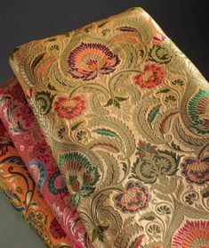 Brocade Suits, Brocade Blouses, Brocade Dresses, Brocade Fabric, Drapery Fabric, Fabric Art, Brocade Blouse Designs, Hand Work Embroidery, Folk Embroidery