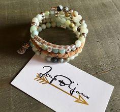 Bracelet femme multi-rangs sur fil mémoire. Pierres Bracelets, Etsy, Jewelry, Stones, Handmade Gifts, Unique Jewelry, Jewlery, Jewerly, Schmuck