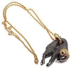 Cartier. pendant necklace...♡