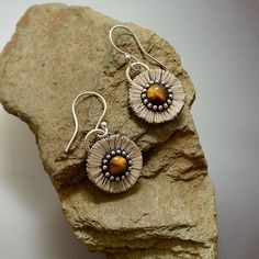 Abstract daisy earrings polymer clay and tiger by LizardsJewelry