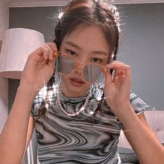 Discover recipes, home ideas, style inspiration and other ideas to try. Kim Jennie, Aesthetic Women, Aesthetic Girl, Blackpink Icons, Selfies, Blackpink Photos, Blackpink Fashion, Blackpink Jisoo, Look At You