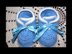 Botitas tejidas a crochet para bebe de 8 meses - YouTube Crochet Baby Booties, Knit Crochet, Crochet Hats, Baby Boy Sweater, Kids And Parenting, Baby Items, Crochet Projects, Knitting, Pattern