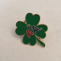 American Airlines Promo Pin Four Leaf Lucky Clover St Patricks Day  | eBay