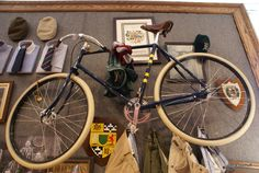 Special edition Pashley Guv'nor made for the New York Tweed Run a couple of years ago.