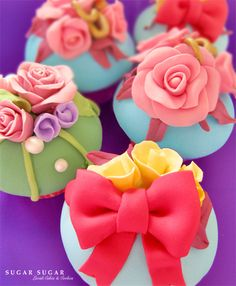 Bright Floral Cupcakes