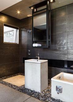 Kloof Road House : modern Bathroom by Nico Van Der Meulen Architects