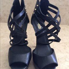 Sale!!!! Black Heels