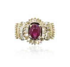Rubin-Diamant-Ring mit 1,55ct Diamant Baguette/Trapeze in drei Ebenen und oval facettierten #Rubin  #vintage #schmuck #jewels #ring #ruby