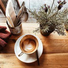 #coffeeshopcorners #coffeeshots #coffeesesh #coffeeshopvibes #vscocoffee #coffee #coffeefliicks #coffeelover #coffeeeee #igerscoffee #coffeeshop #coffeecaptures #onthetable #vibesandcoffee #caffeine #beanhunter #chasinglight #aquietstyle #liveunscripted #abmlifeiscolourful #flashesofdelight #stayandwander #livefolk #lovemycupofcoffee #flatwhite #butfirstcoffee #londoncoffeeshops
