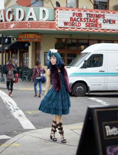 Vegan food and fun in Portland, Oregon! Enjoy this outfit post in a turquoise Japanese Lolita dress. Should I keep my blue hair color?  http://www.lacarmina.com/blog/2014/01/turquoise-dyed-hair-color-health-food-portland/  turquoise hair color, blue dyed hair girl