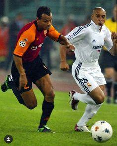 Real Madrid Club, Real Madrid Football Club, Football Icon, World Football, Football Soccer, Ronaldo Football, As Roma, Soccer Fans, Football Players