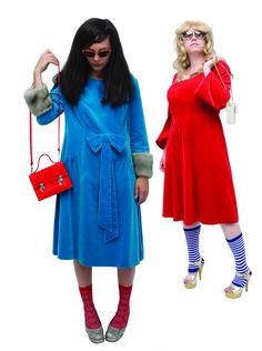 1970 - Robes en velours avec des bords en fourrure précieuse, collection privée © Solo-Mâtine Corset, Lingerie, Cold Shoulder Dress, Shirt Dress, Shirts, Vintage, Collection, Dresses, Fashion