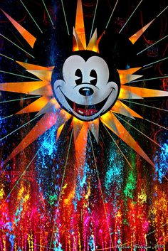World of Color, California Adventure, Disney. Loved this in Disneyland:) Disney Dream, Disney Magic, Disney Love, Walt Disney, Disney Stuff, Disney Trips, Mickey Mouse E Amigos, Mickey Mouse And Friends, Mickey Minnie Mouse